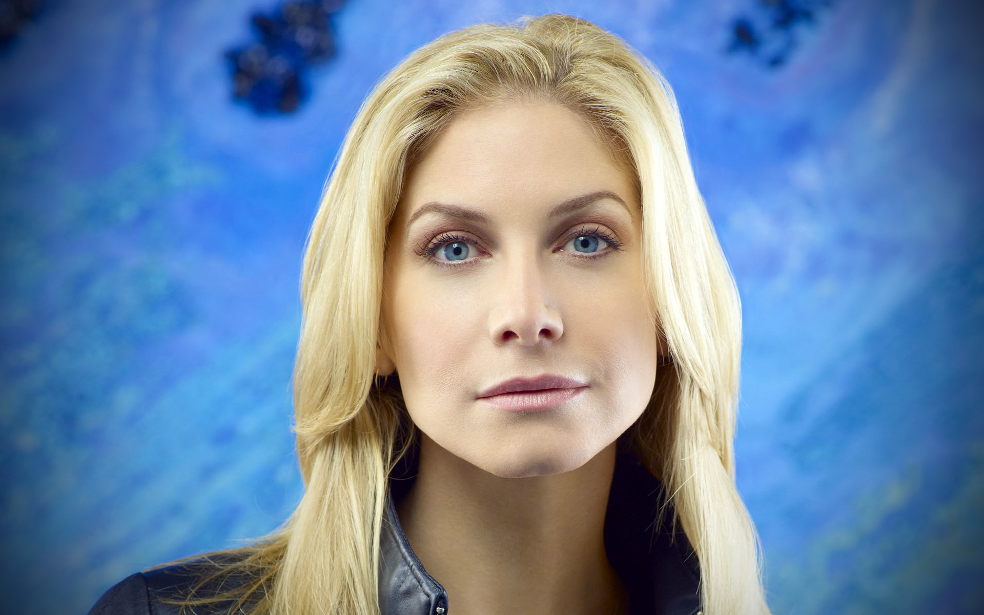 elizabeth mitchell computer hd - photo #25